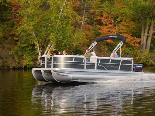 Sport Deluxe Pontoon Boat